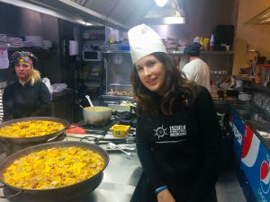 Paella cooking course.