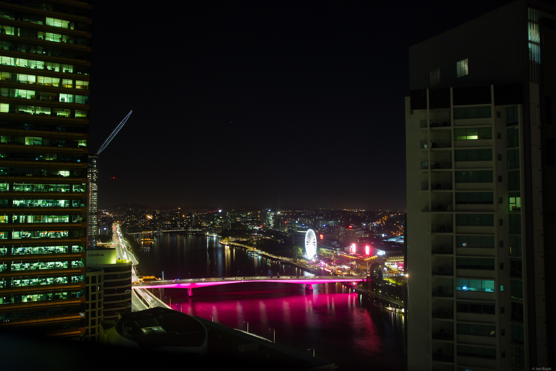Meriton Suites Herschel Street, Brisbane - Night view from our bedroom.