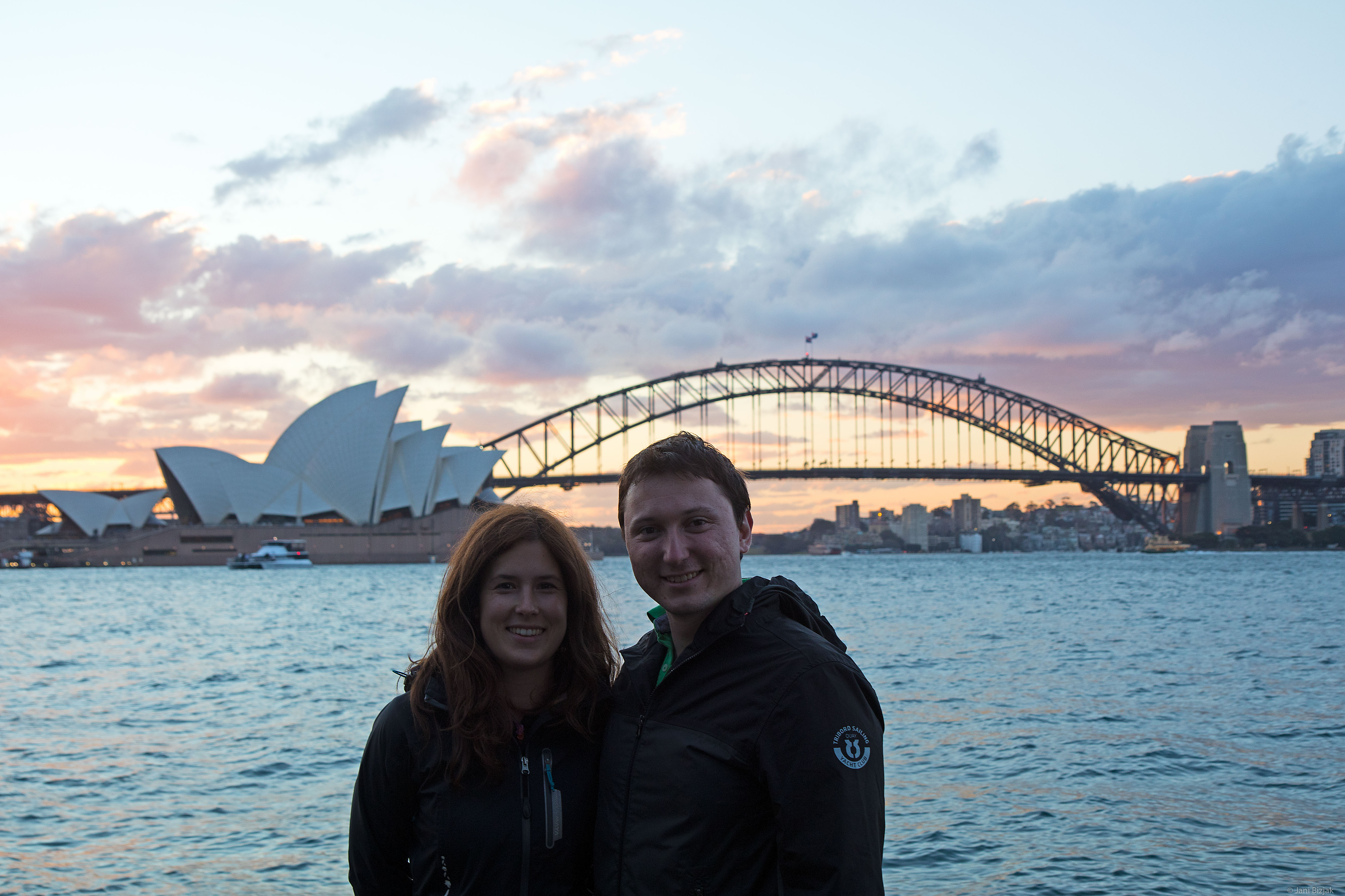 Veronika and I in front of Sydney's skylines.