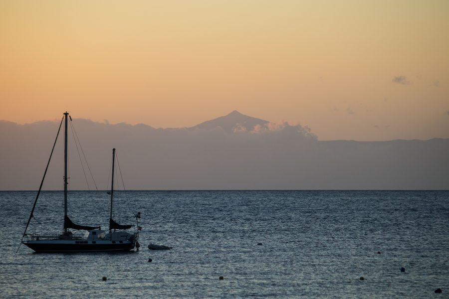 The only day we could see, volcano on the neighboring island Tenerife. I think it's around 4.000m high.
