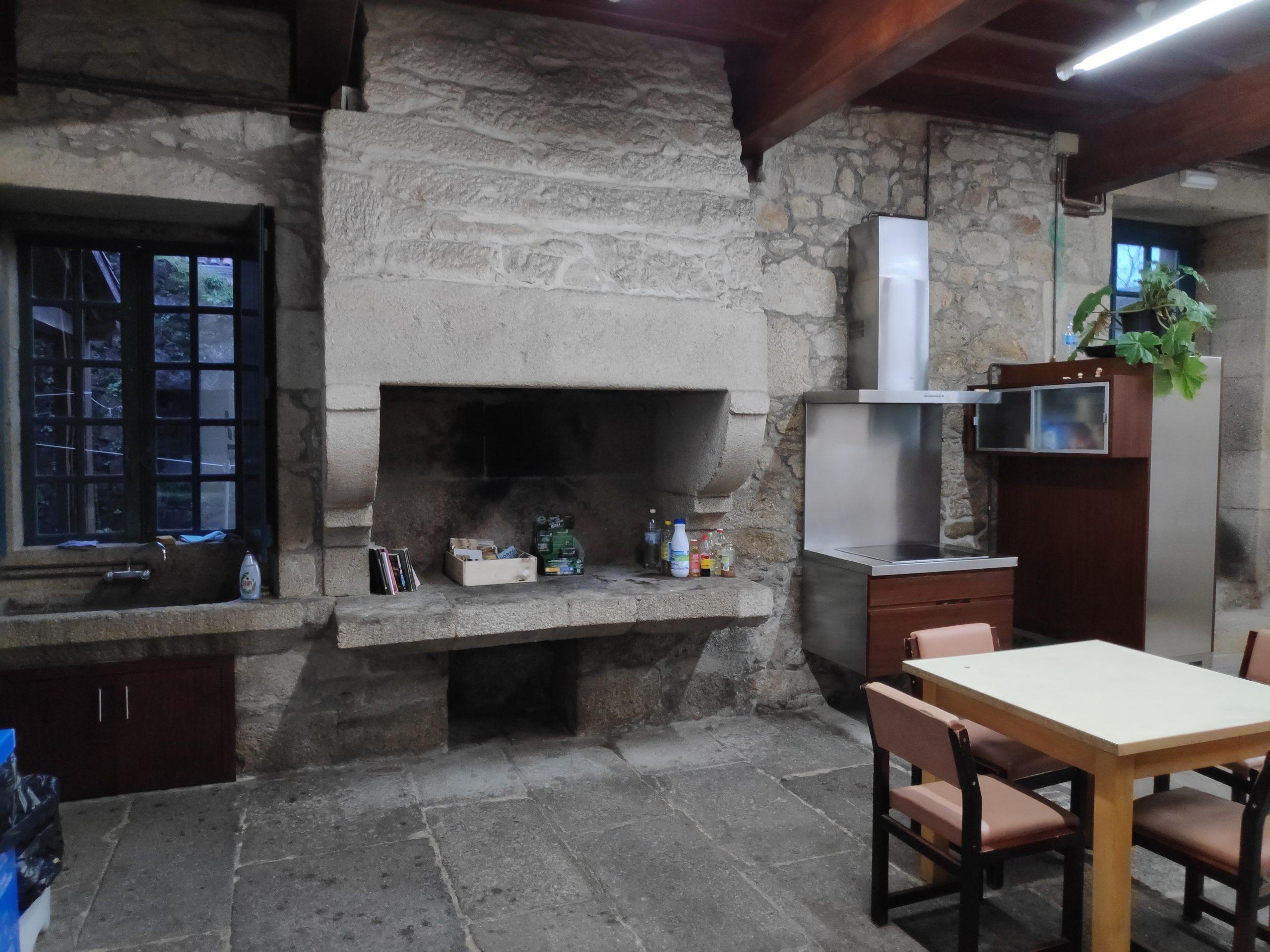 Kitchen area was quite impressive.
